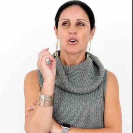 AdrianaLinares